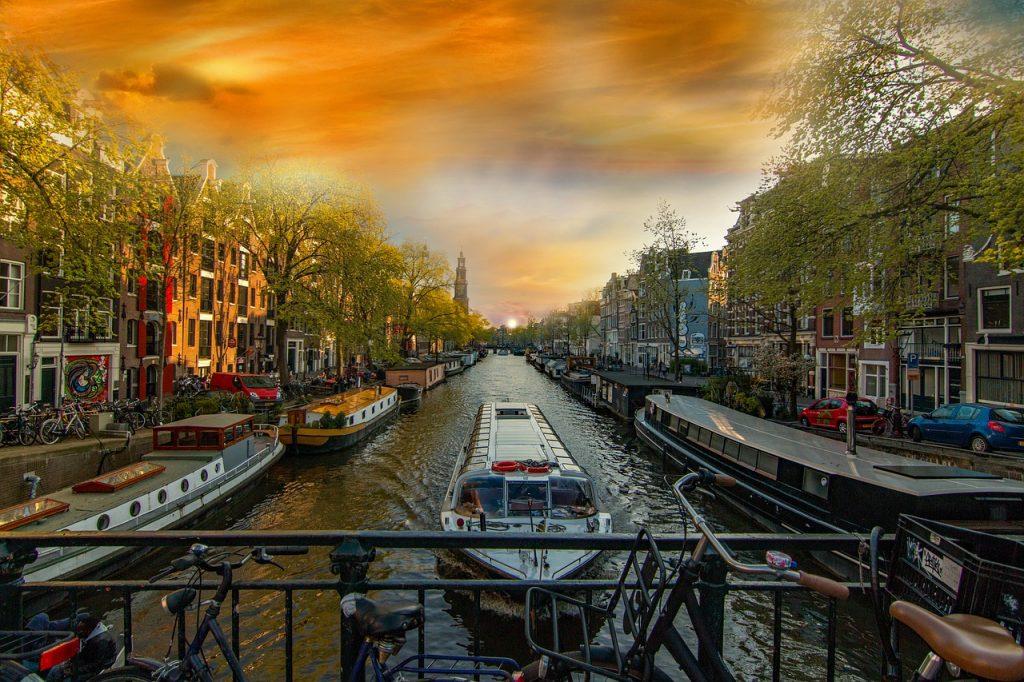 amsterdam kryssning 1024x682 - Amsterdam